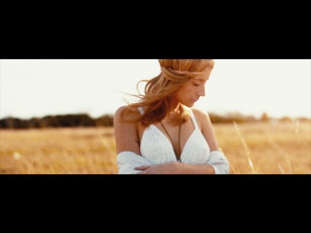Hila Gramaglia - Close Your Eyes