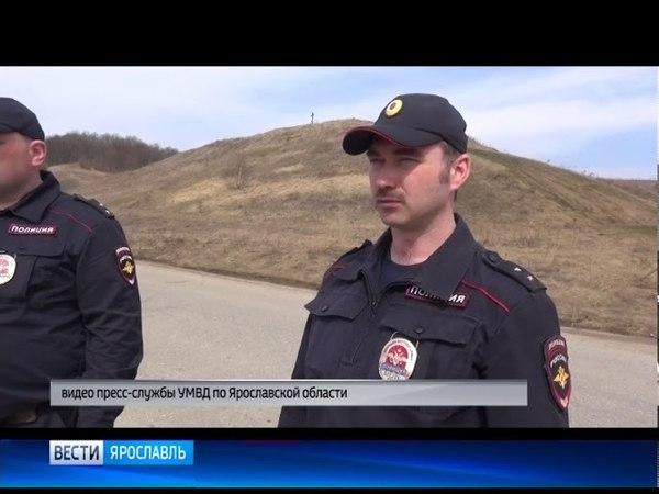 Полицейские спасли рыбака, который провалился под лед на Плещеевом озере