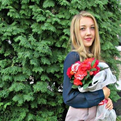 Инна Чумакова