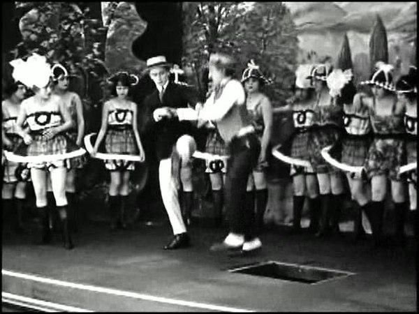 14 1919 Harold Lloyd Bumping Into Broadway