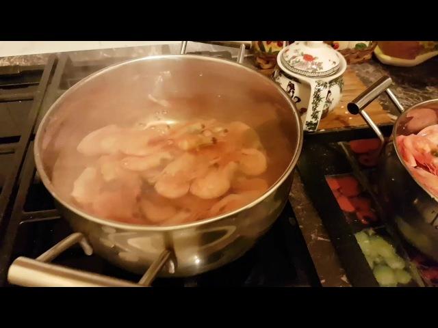 Как правильно варить креветки, видео инструкция. » Freewka.com - Смотреть онлайн в хорощем качестве
