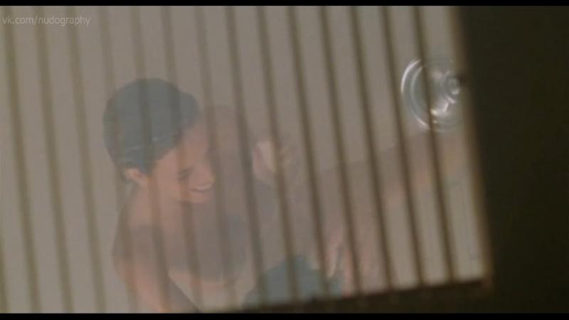 Голые девушки в фильме Недетское кино Not Another Teen Movie 2001 Джоел Галлен pасширенная версия