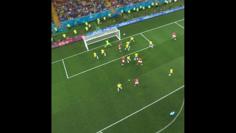 Гол Цубера в ворота Бразилии