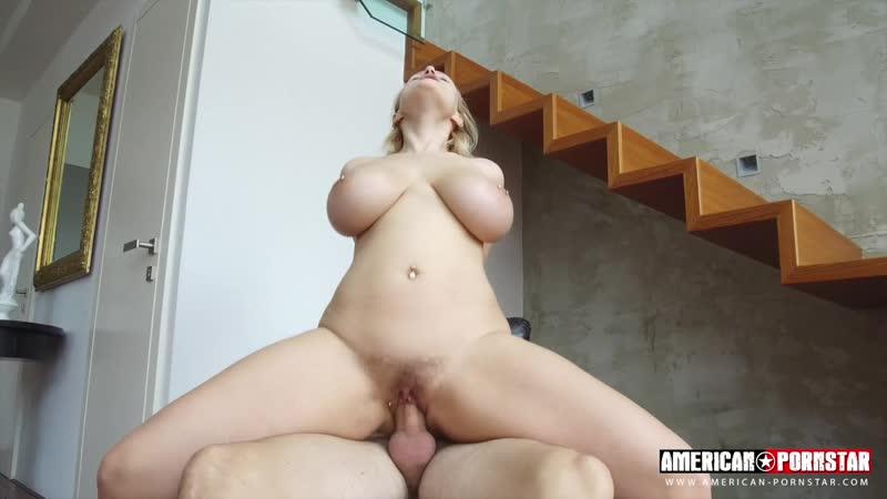 Сумасшедшая блондинка с волосатой киской затрахала парня milf blond girl sex crazy melon huge big milk saggy tit (Hot&Horny)