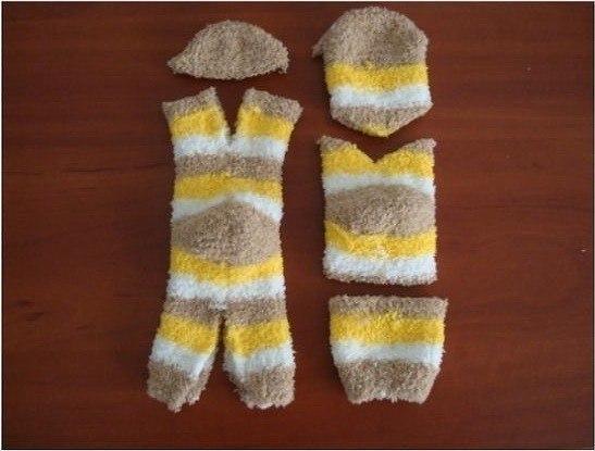 Делаем котиков из носков