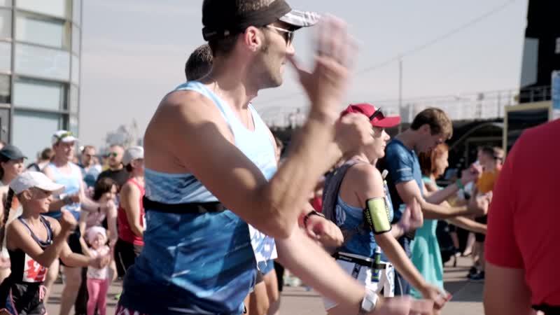 Участники проекта Бегом в Японию пробежали первый полумарафон в Северном Тушино