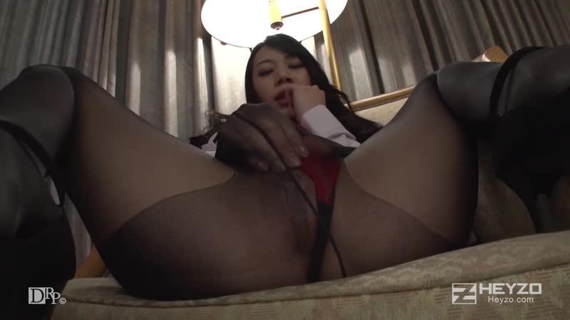 Сочная секретарша японка, в колготках, азиатка, минет, секс