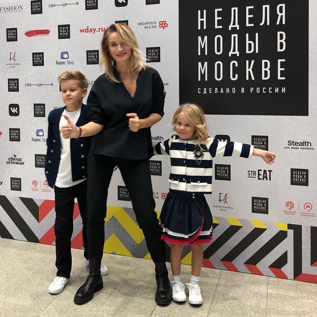 Дети Елены Бушиной получили приглашение поучаствовать в модном показе