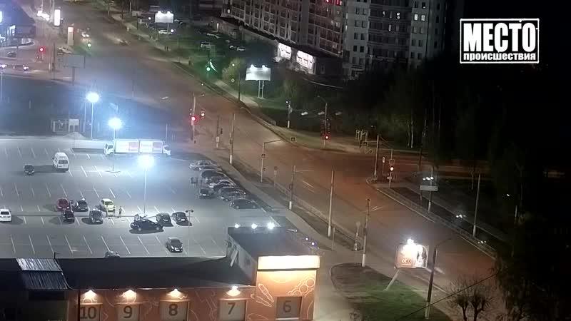 Пьяный старший лейтенант на Хендэ, ул. Московская. Место происшествия 22.05.2019