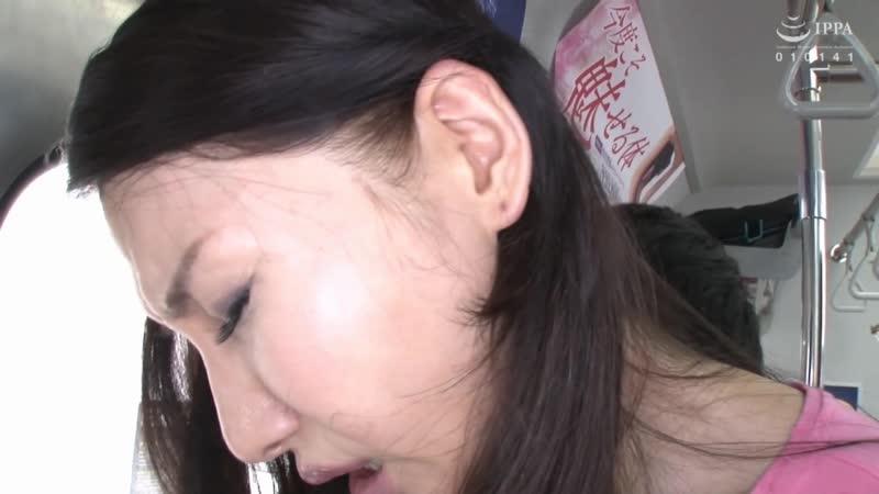 Изнасиловал зрелую японку в автобусе, VEC 352, японка, азиатка,