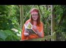 Sarah Ferguson reading Each Peach Pear Plum by Allan and Janet Ahlberg