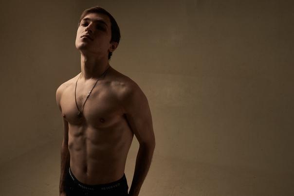 Антон Калягин, видеоблогер «Amitesh»