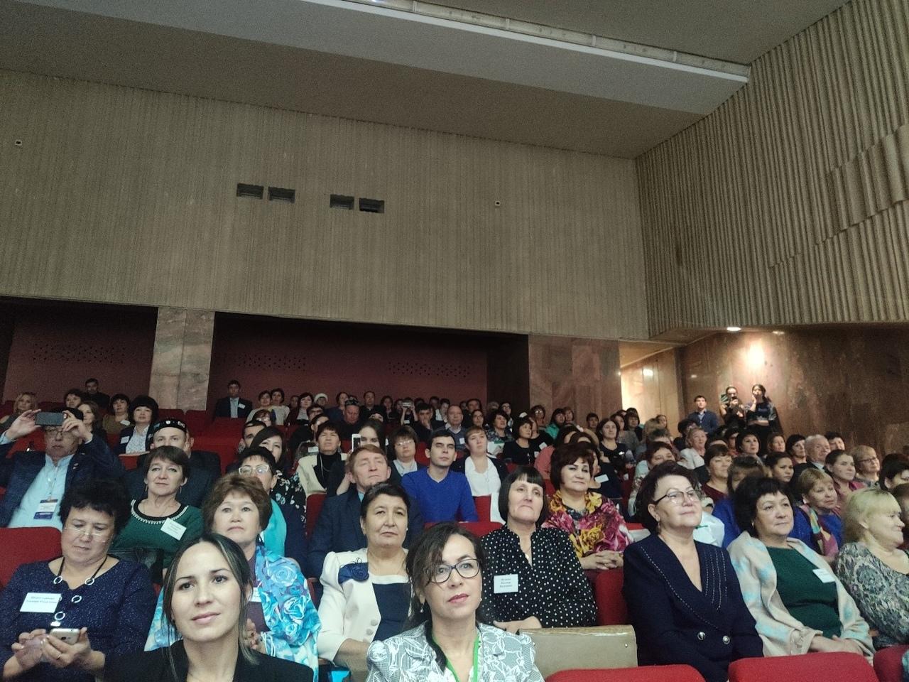 """Конференция """"Изучение родного татарского языка в современных условиях"""""""