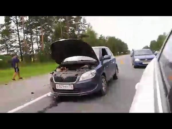 Пять машин столкнулись на трассе Ярославль Кострома
