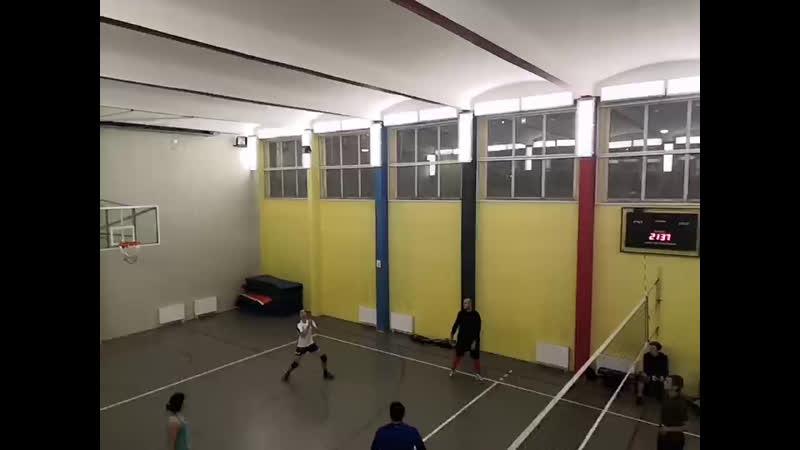 любительский волейбол на бухаресткой))