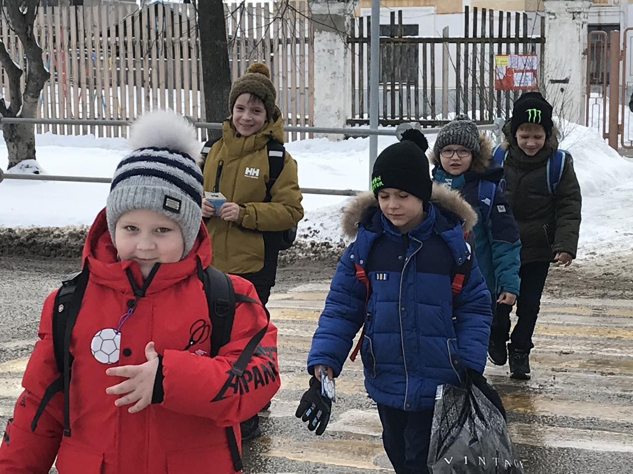 Сотрудники ГИБДД Волжска провели акцию «Пешеход - на переход!»