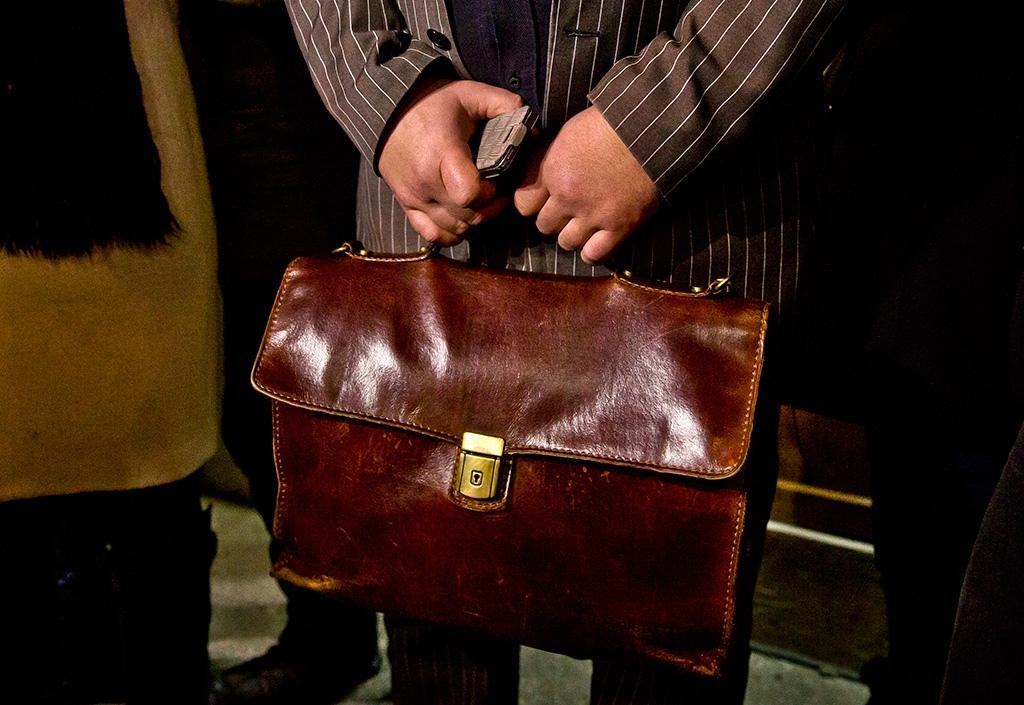 Чиновник приписал себе 34 года ради пенсии