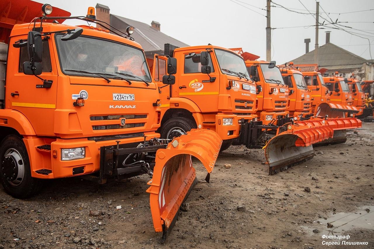 В городе Таганроге осмотрели снегоуборочную технику