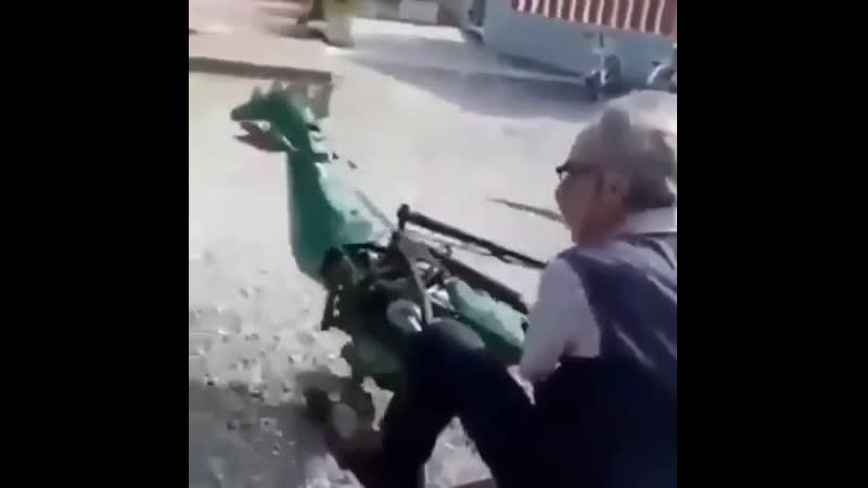 Скоро на всех дорогах России автодинозавр
