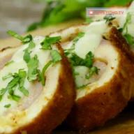 id_15334 Кордон блю — один из самых вкусных рецептов с курицей 😋  Автор: Appetitno TV  #gif@bon