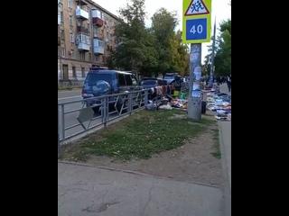 Вот такая плачевная ситуация по улице Физкультурно...