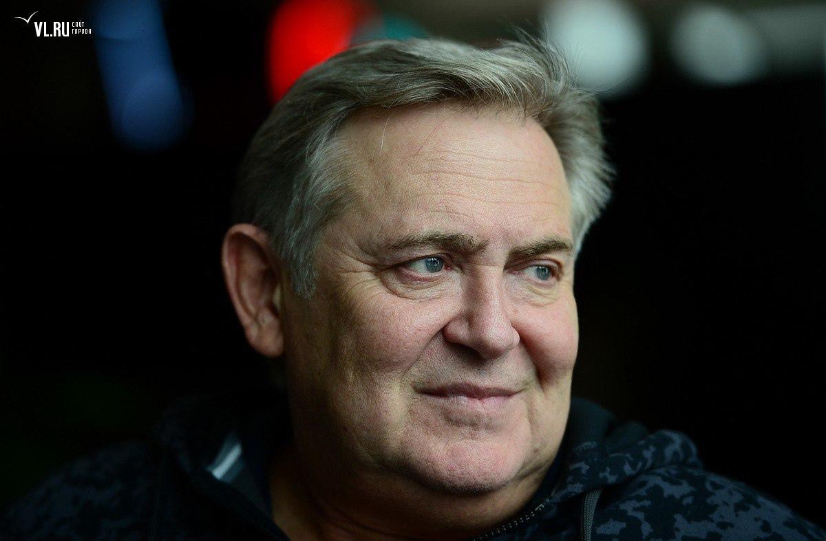 Сегодня свой 60-летний юбилей отмечает Стоянов Юрий Николаевич.