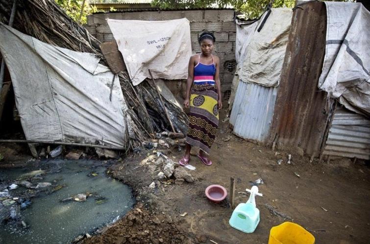 Как выглядят туалеты богачей и бедняков в разных странах мира, изображение №6
