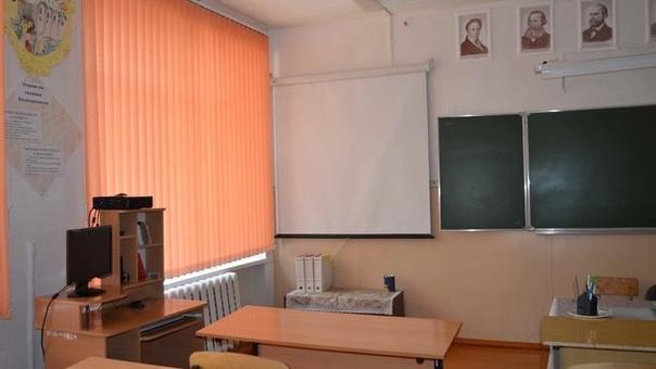 В Бузулуке школьники не сядут за парты до 8 ноября...