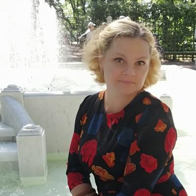 Marina, 41, St. Petersburg