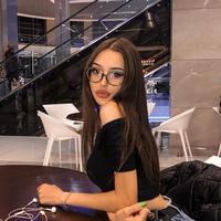 Лиза Чекашкина