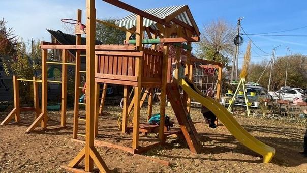Бузулучане дождались детской площадки, которую про...