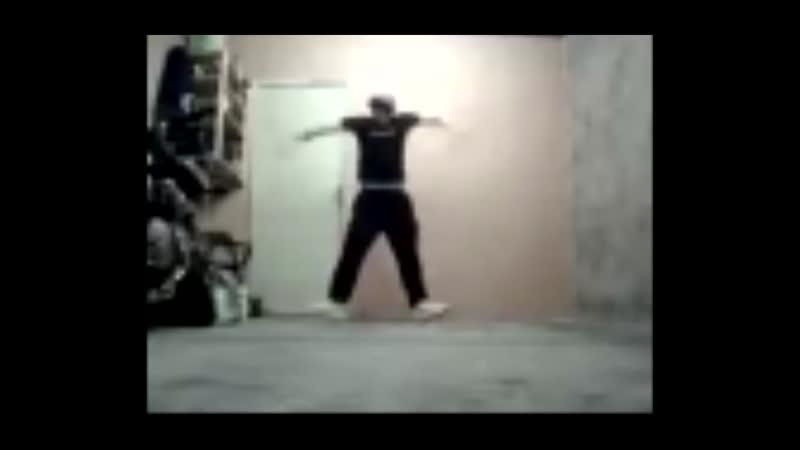 Мальчик с синдромом Туретта танцует лезгинку!1!! ЭТО ОТВАЛ ПИЗДЫ
