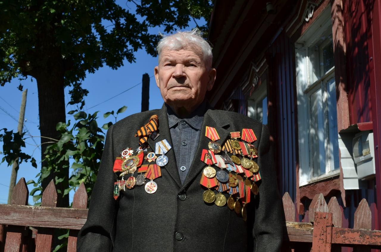 Петровчан - участников Курской битвы поздравили с предстоящим Днём воинской славы России