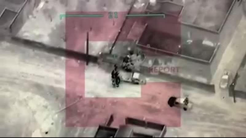 У Мережі з'явилося чергове відео удару ЗС Туреччини по групі сирійських військовослужбовців.