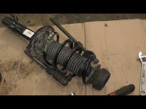VW Polo и Skoda Rapid замена передних стоек пружин опор и опорных подшипников