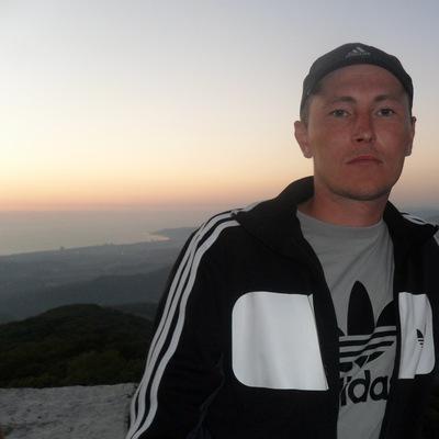 Максим Акмаров