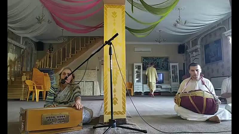 Киртан Гаура арати и Даршан Шри Шри Радха Говинды 24 05 2020