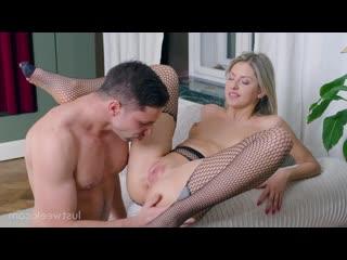 Rebecca Volpetti - Sometimes I Feel Like a Bitch [Gonzo Hardcore All Sex]