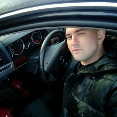 Konstantin, 34, Plyussa