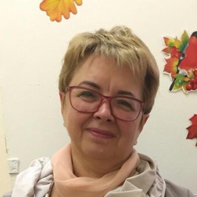 Людмила Хренова