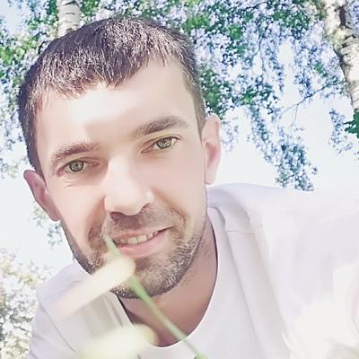 Aleksandr, 35, Lodeynoye Pole