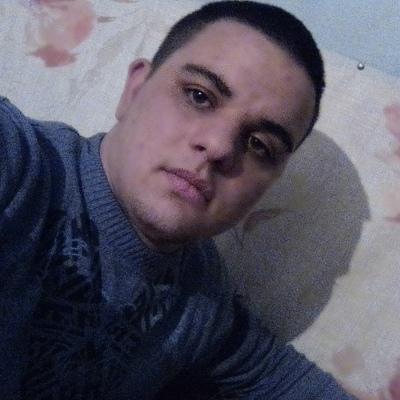 Михаил, 21, Karasuk
