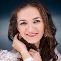 Елена Привалова