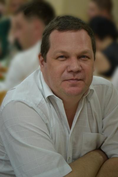 Виталий, 44, Trekhgornyy