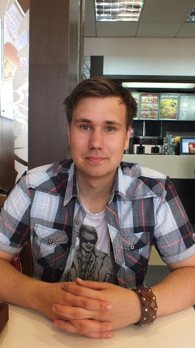 Максим Сухов