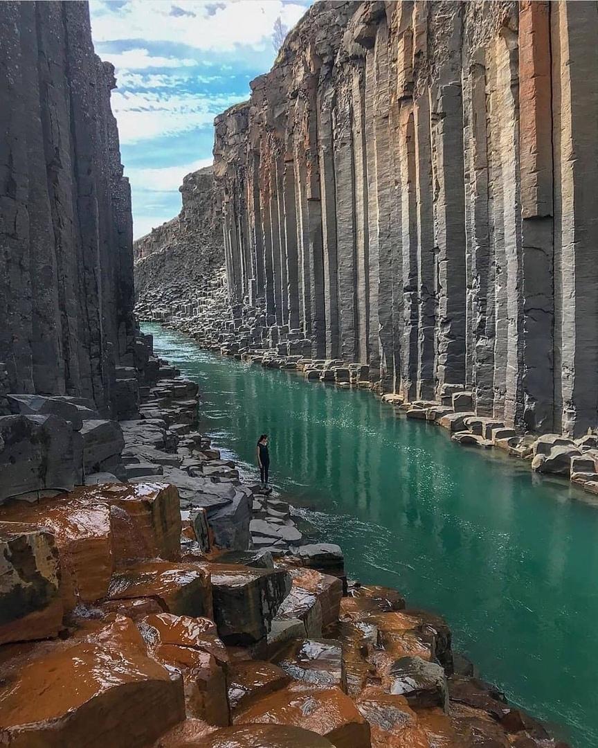 Базальт каньон, Исландия.