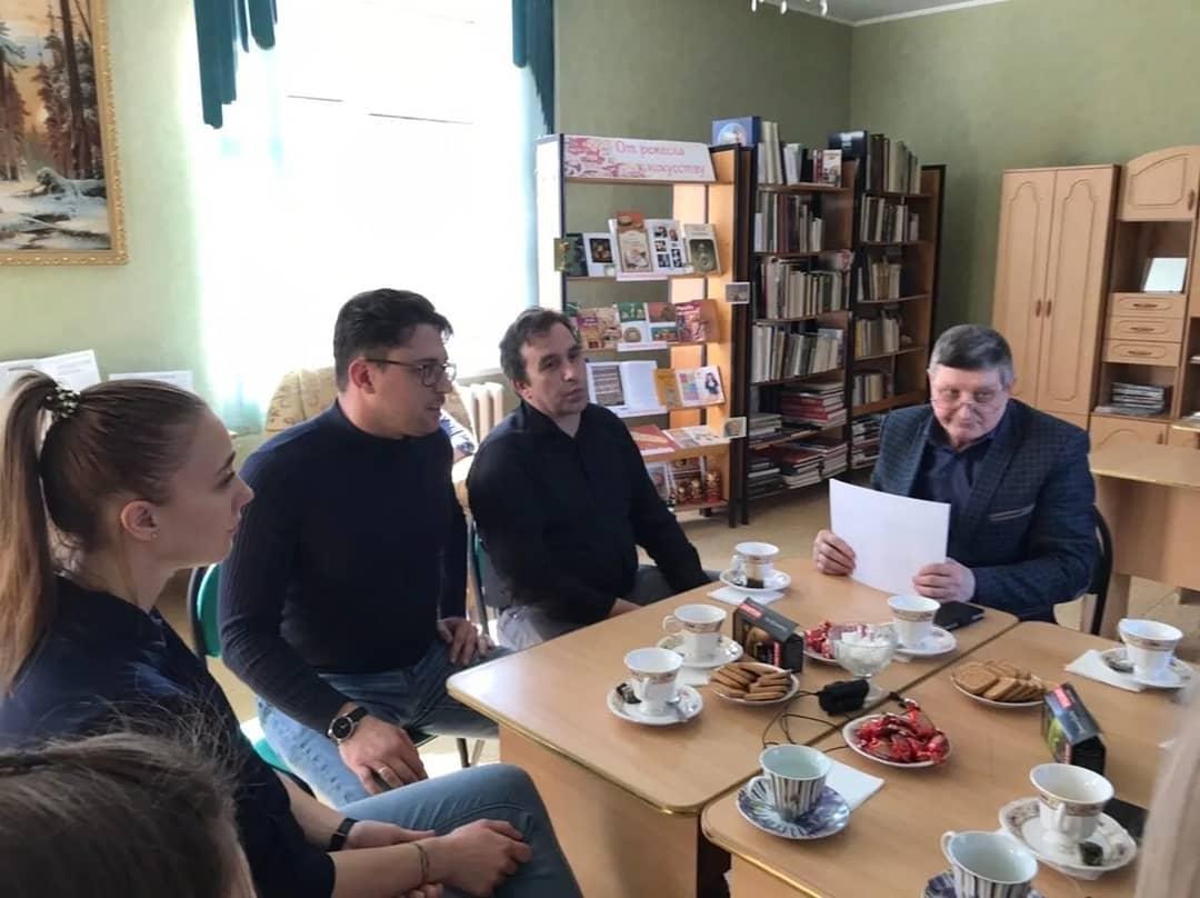 """В Петровске обсудили продвижение проекта """"Идущие над рекой"""""""