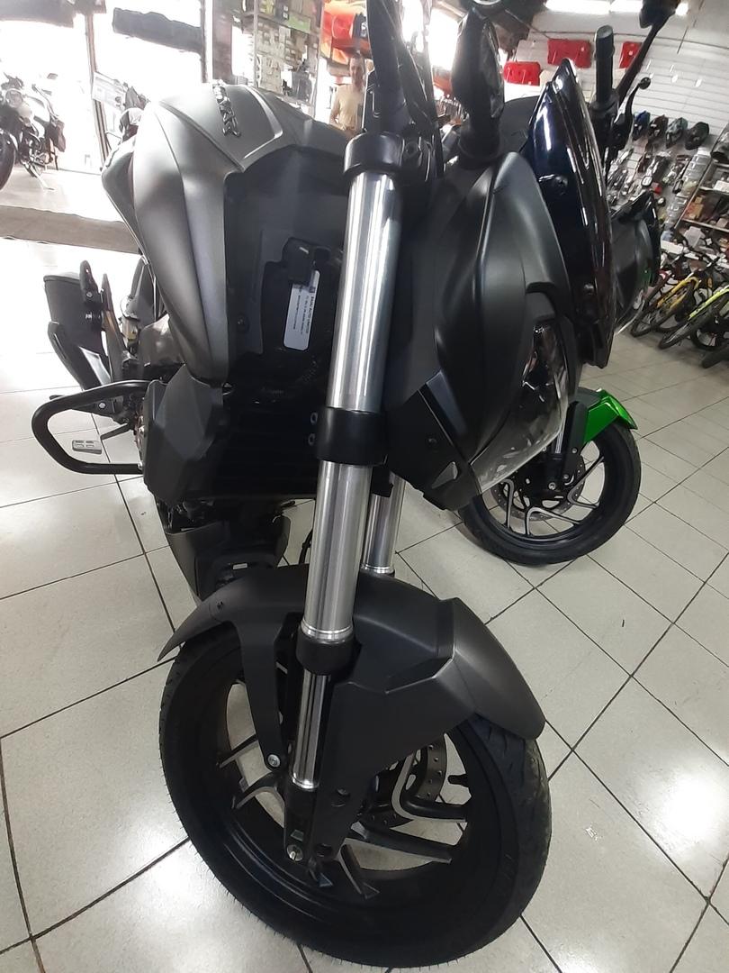 Обзор мотоцикла Bajaj Dominar, изображение №9